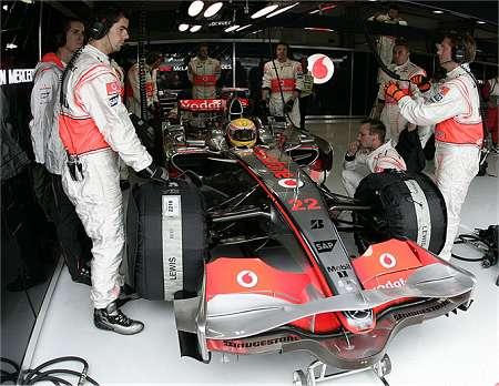 McLaren pit France